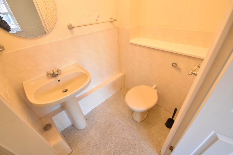 2 bedroom Flat to buy in Earls Meade, Luton - Photo 15