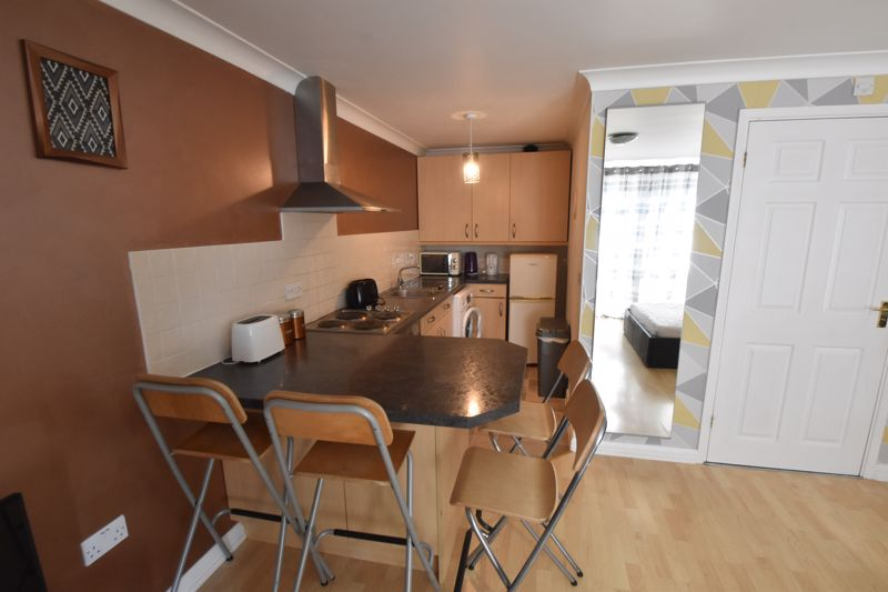 1 bedroom Maisonette to buy in Wensleydale, Luton - Photo 6