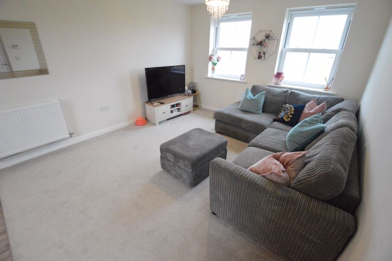 2 bedroom Flat to buy in Terrington Place, Bedford - Photo 3