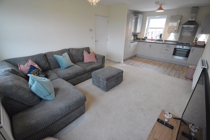 2 bedroom Flat to buy in Terrington Place, Bedford - Photo 4