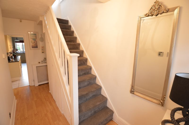 3 bedroom Semi-Detached  to buy in Woodbury Hill, Luton - Photo 30