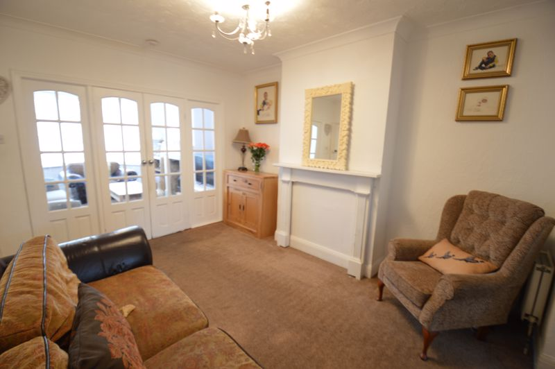 3 bedroom Semi-Detached  to buy in Woodbury Hill, Luton - Photo 32