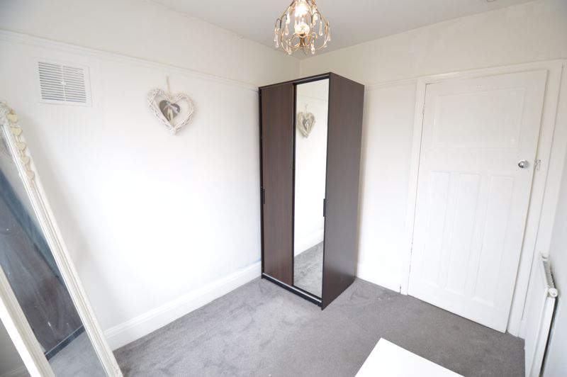 3 bedroom Semi-Detached  to buy in Woodbury Hill, Luton - Photo 24