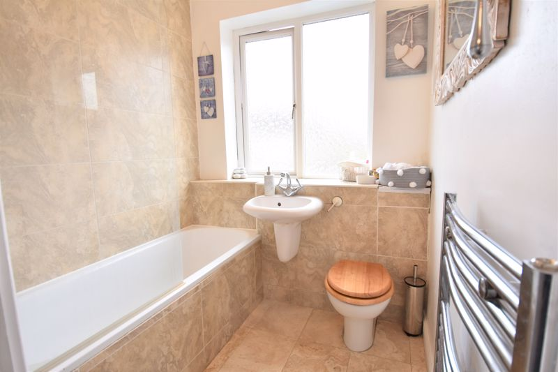 3 bedroom Semi-Detached  to buy in Woodbury Hill, Luton - Photo 22