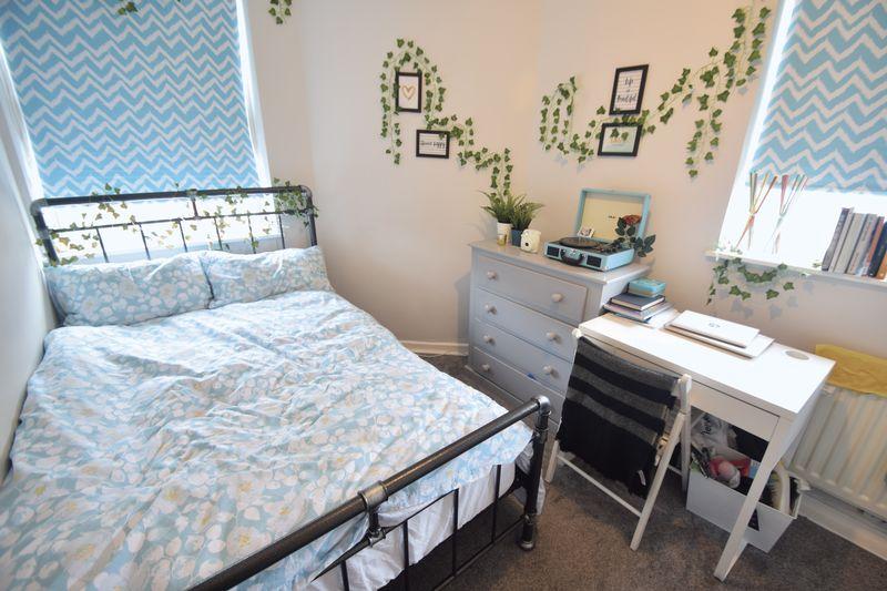 11 bedroom  to buy in Park Street, Luton - Photo 10