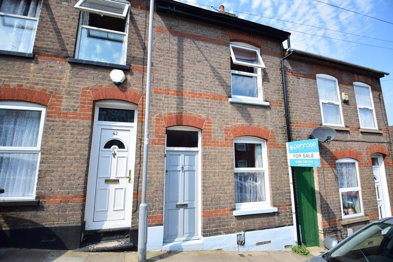 2 bedroom Mid Terrace to buy in Tennyson Road, Luton - Photo 16