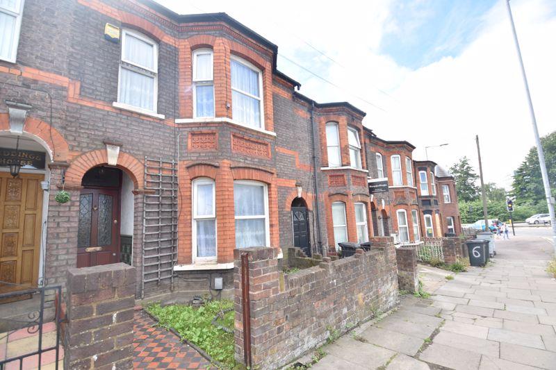 4 bedroom  to rent in Crawley Green Road, Luton