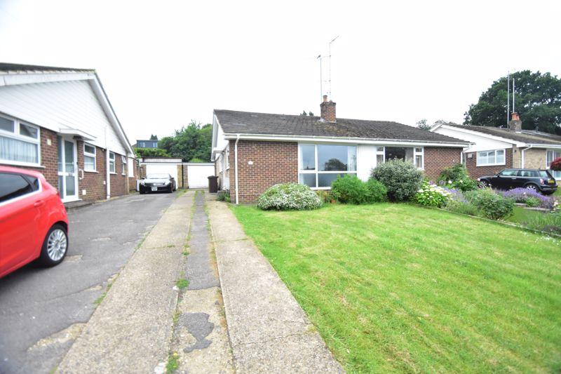 2 bedroom Bungalow to buy in Harpenden Rise, Harpenden