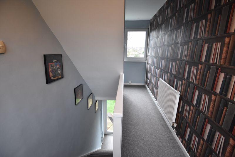 2 bedroom  to buy in Brendon Avenue, Luton - Photo 5