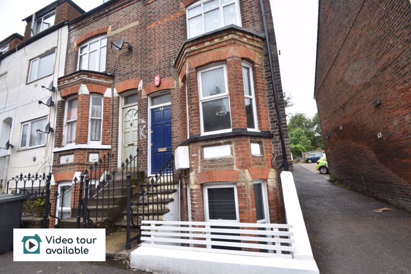 2 bedroom Flat to rent in Buxton Road, Luton