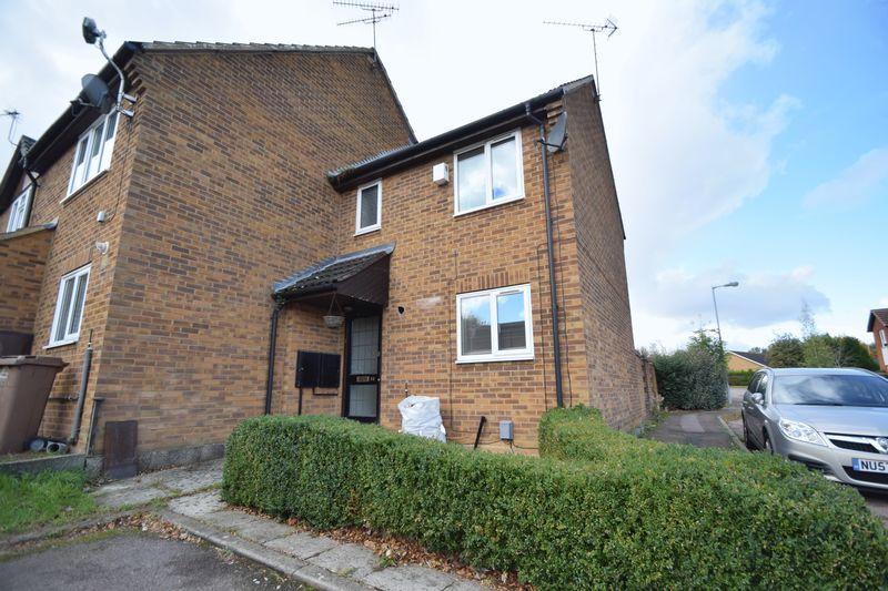2 bedroom End Terrace to rent in Lucas Gardens, Luton