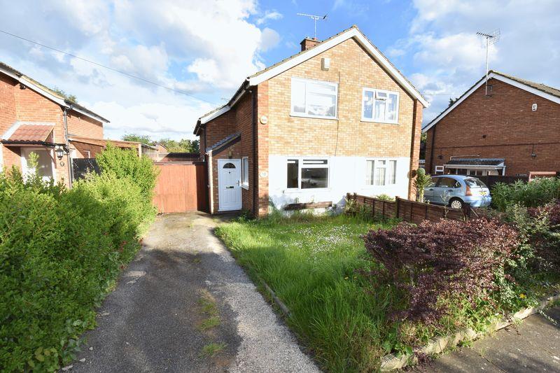 2 bedroom Semi-Detached  to buy in Ereswell Road, Luton