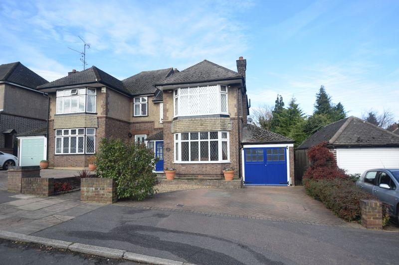 3 bedroom Semi-Detached  to buy in Graham Gardens, Luton