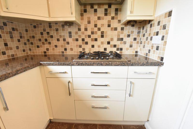 3 bedroom Apartment / Studio to buy in Whipperley Way, Luton - Photo 7