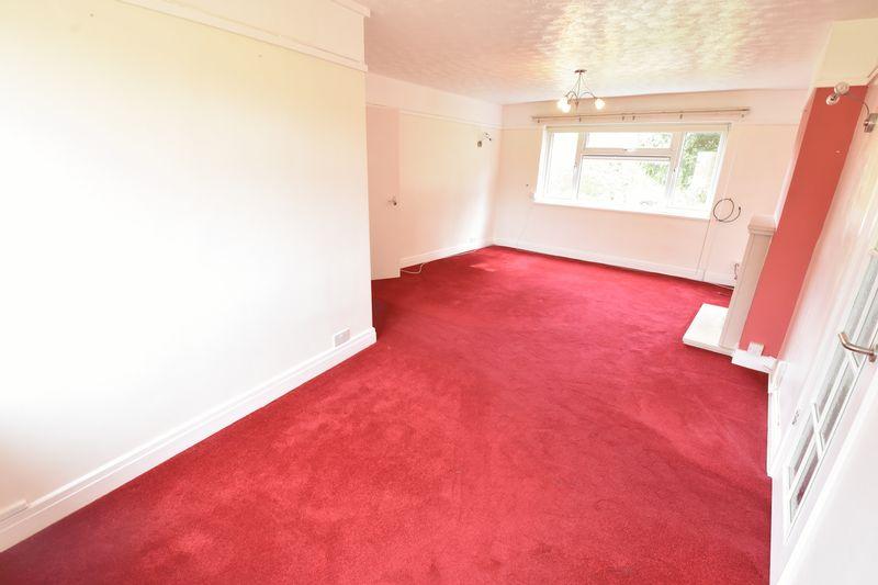 3 bedroom Apartment / Studio to buy in Whipperley Way, Luton - Photo 8