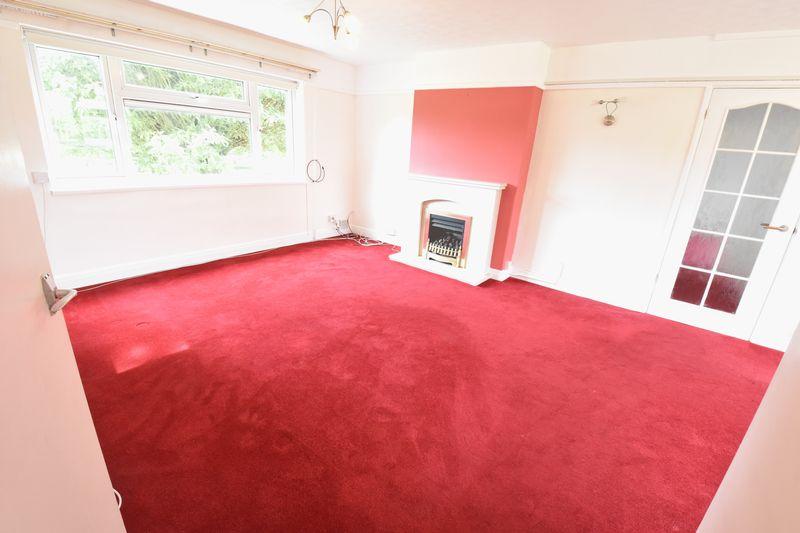 3 bedroom Apartment / Studio to buy in Whipperley Way, Luton - Photo 9