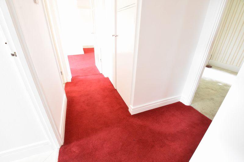 3 bedroom Apartment / Studio to buy in Whipperley Way, Luton - Photo 14
