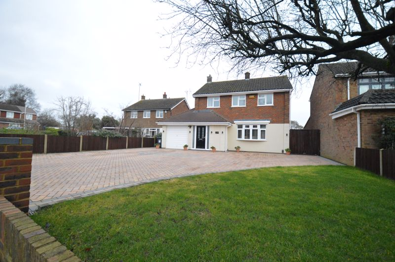3 bedroom Detached  to buy in Ailsworth Road, Luton