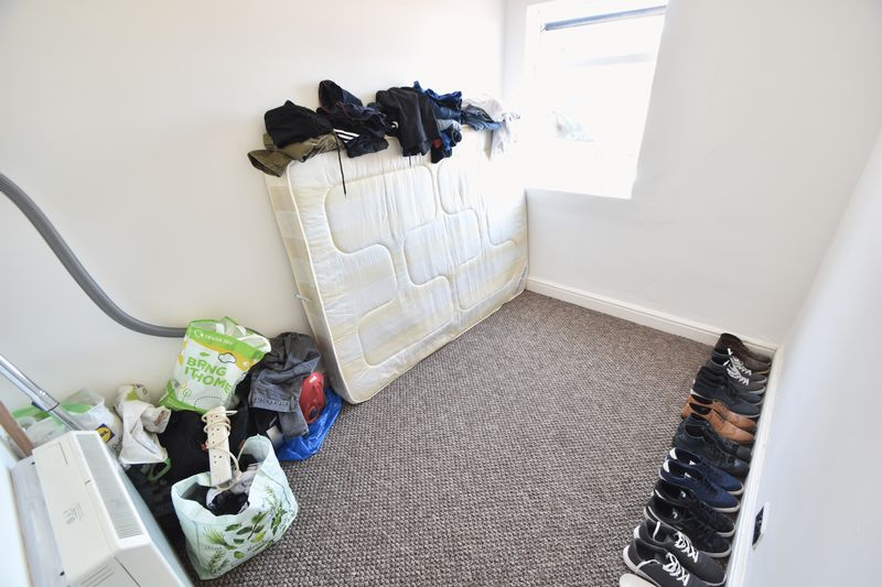 2 bedroom Flat to rent in Grange Avenue, Luton - Photo 3