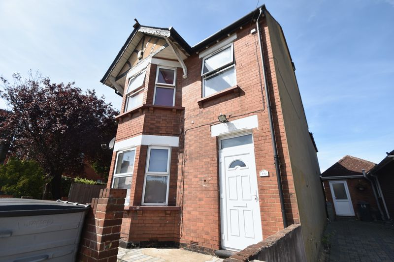 2 bedroom Flat to rent in Grange Avenue, Luton - Photo 9