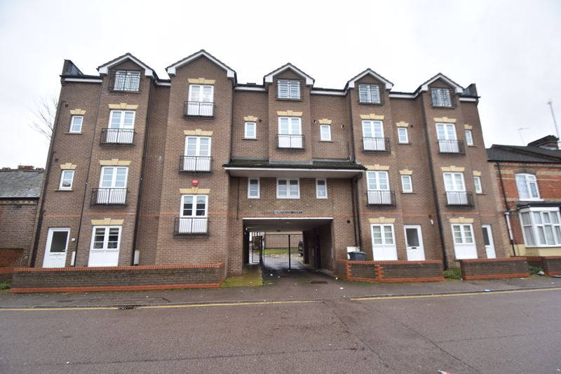 1 bedroom Flat to rent in Grove Road, Luton