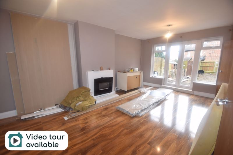 3 bedroom  to rent in Hanswick Close, Luton - Photo 7