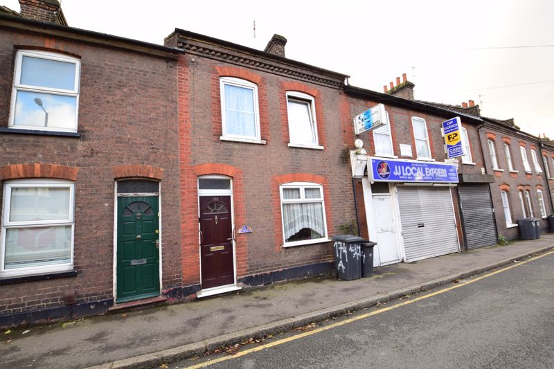 2 bedroom Mid Terrace to buy in High Town Road, Luton