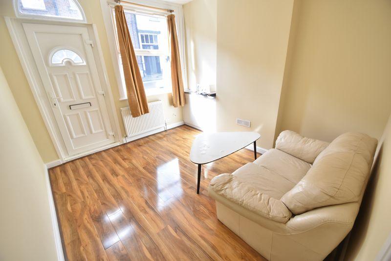1 bedroom Flat to rent in Stanley Street, Luton