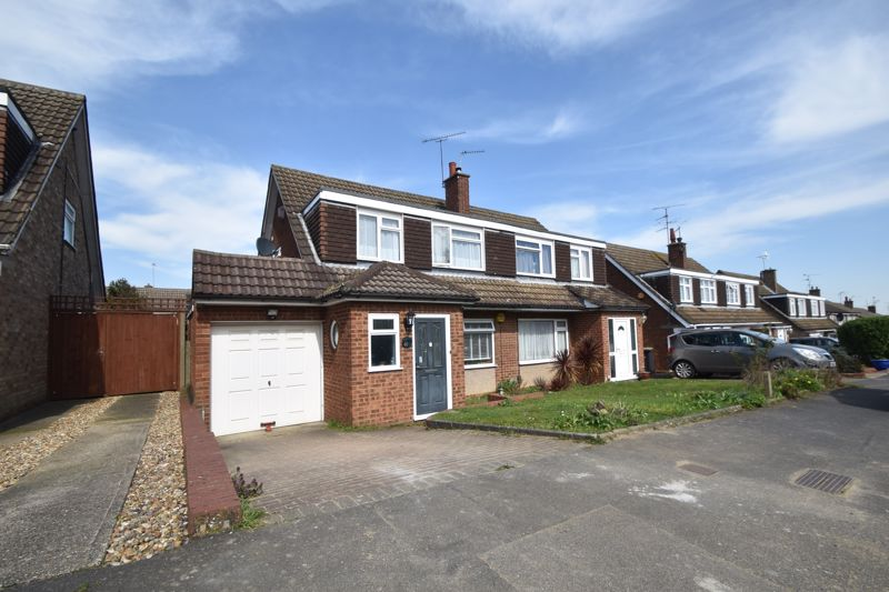3 bedroom Semi-Detached  to buy in Hasketon Drive, Luton