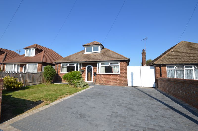 3 bedroom Bungalow to buy in Ashcroft Road, Luton