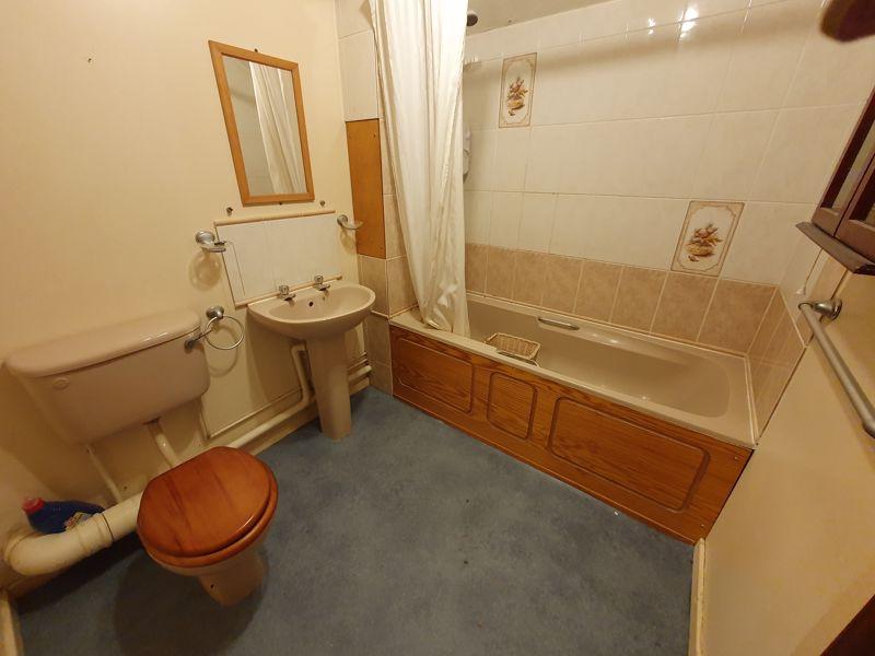 1 bedroom Flat to rent in Rodeheath, Luton - Photo 8