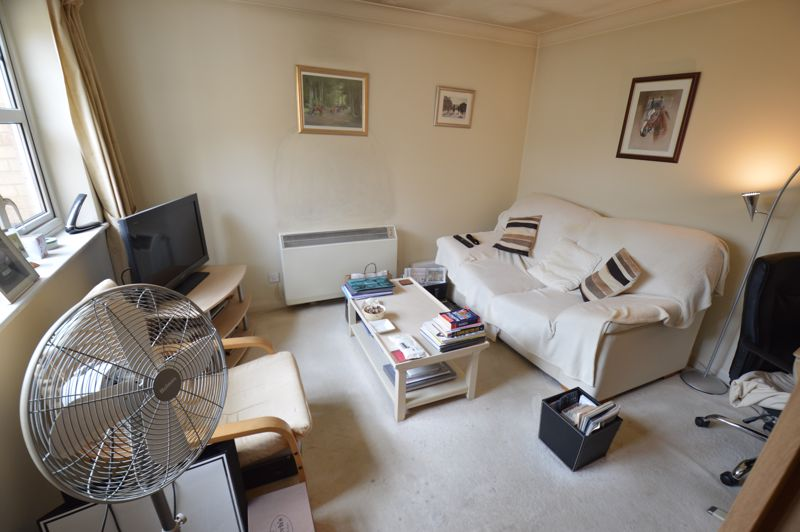 1 bedroom Flat to buy in Earls Meade, Luton - Photo 1