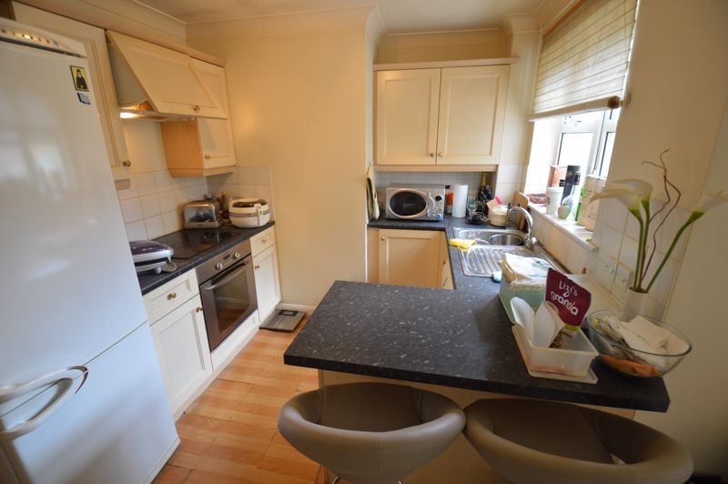 1 bedroom Flat to buy in Earls Meade, Luton - Photo 2