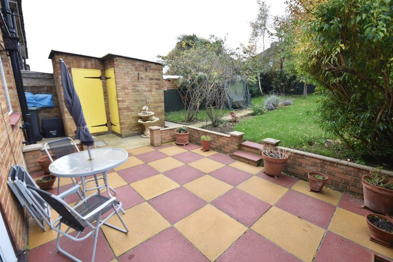 3 bedroom Semi-Detached  to buy in Chalton Road, Luton - Garden 2