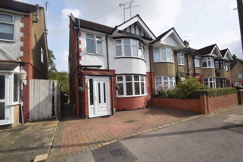 3 bedroom Semi-Detached  to buy in Britannia Avenue, Luton