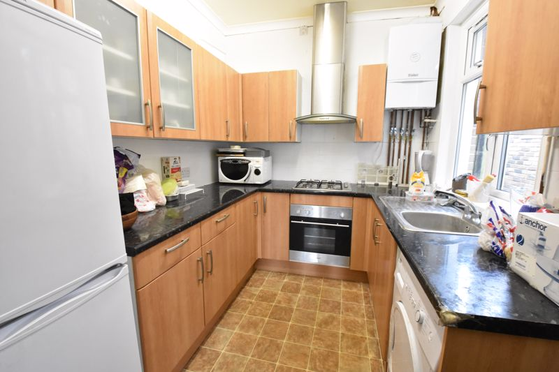 3 bedroom Semi-Detached  to rent in Stockingstone Road, Luton - Photo 26