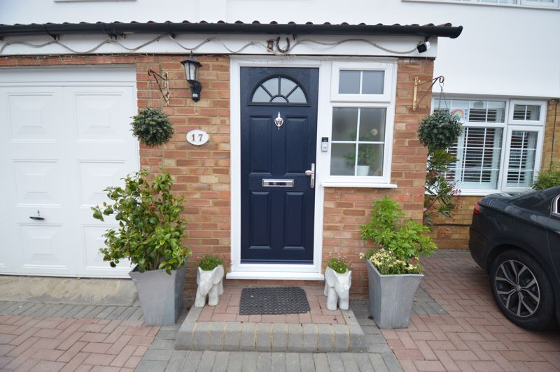 4 bedroom Semi-Detached  to buy in Dunsby Road, Luton - Photo 20