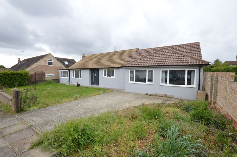 3 bedroom Detached  to buy in Evedon Close, Luton