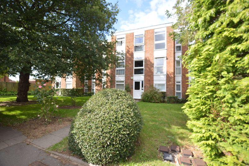 2 bedroom Apartment / Studio to buy in Elderberry Close, Luton