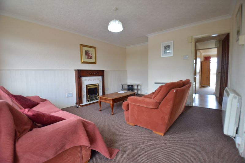 2 bedroom Apartment / Studio to buy in Elderberry Close, Luton - Photo 6