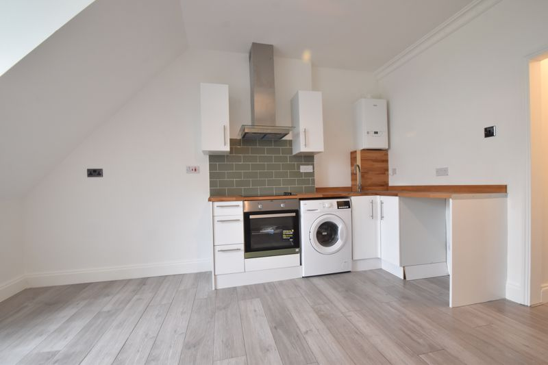 0 bedroom Apartment / Studio to buy in London Road, Luton - Photo 3