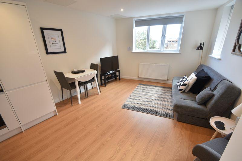 1 bedroom Flat to rent in Napier Road, Luton - Photo 1