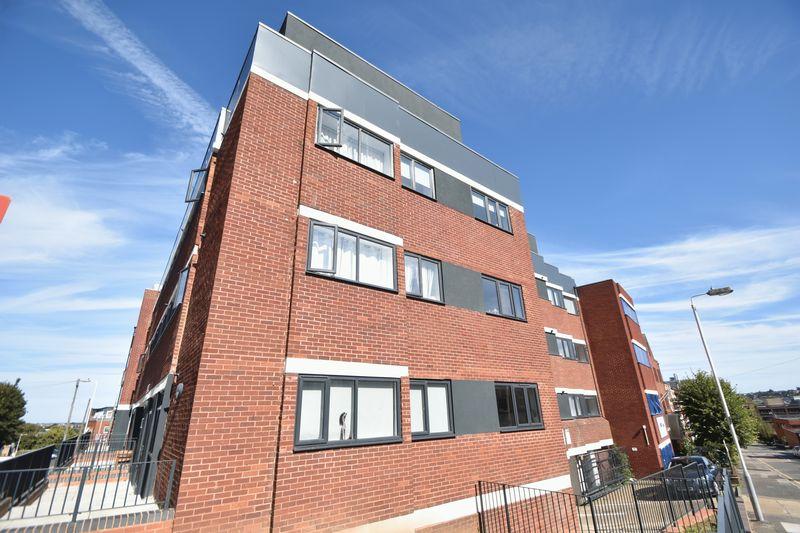 1 bedroom Flat to rent in Napier Road, Luton - Photo 11