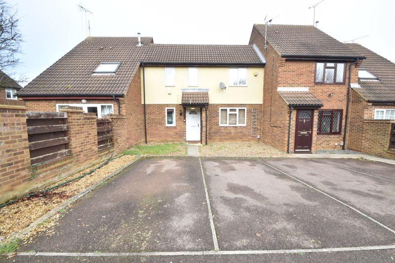 2 bedroom Mid Terrace to buy in Lucas Gardens, Luton
