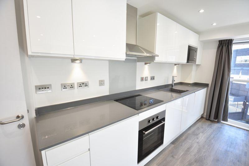 1 bedroom  to buy in Dudley Street, Luton - Photo 1