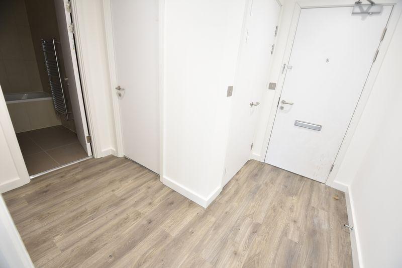 1 bedroom  to buy in Dudley Street, Luton - Photo 4