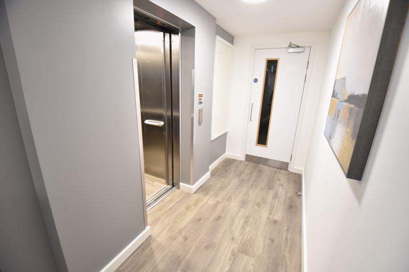 1 bedroom  to buy in Dudley Street, Luton - Photo 9