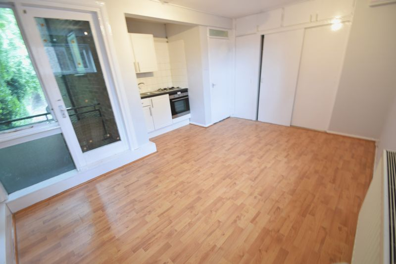 0 bedroom Flat to rent in Ruthin Close, Luton - Photo 6