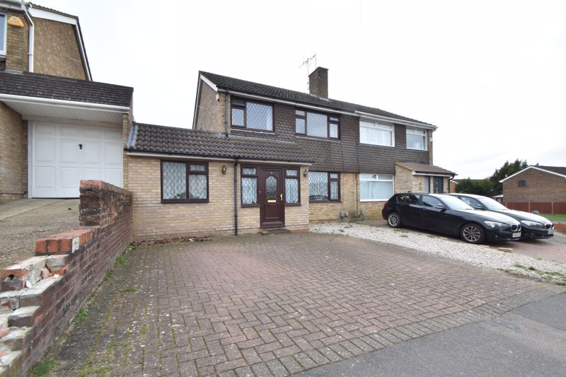 3 bedroom Semi-Detached  to buy in Handcross Road, Luton
