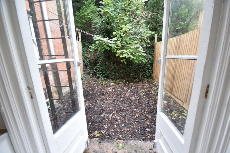 1 bedroom Flat to rent in Hart Hill Drive, Luton - Photo 12